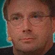 Linus Torvalds quer um único desktop para todas as distros Linux