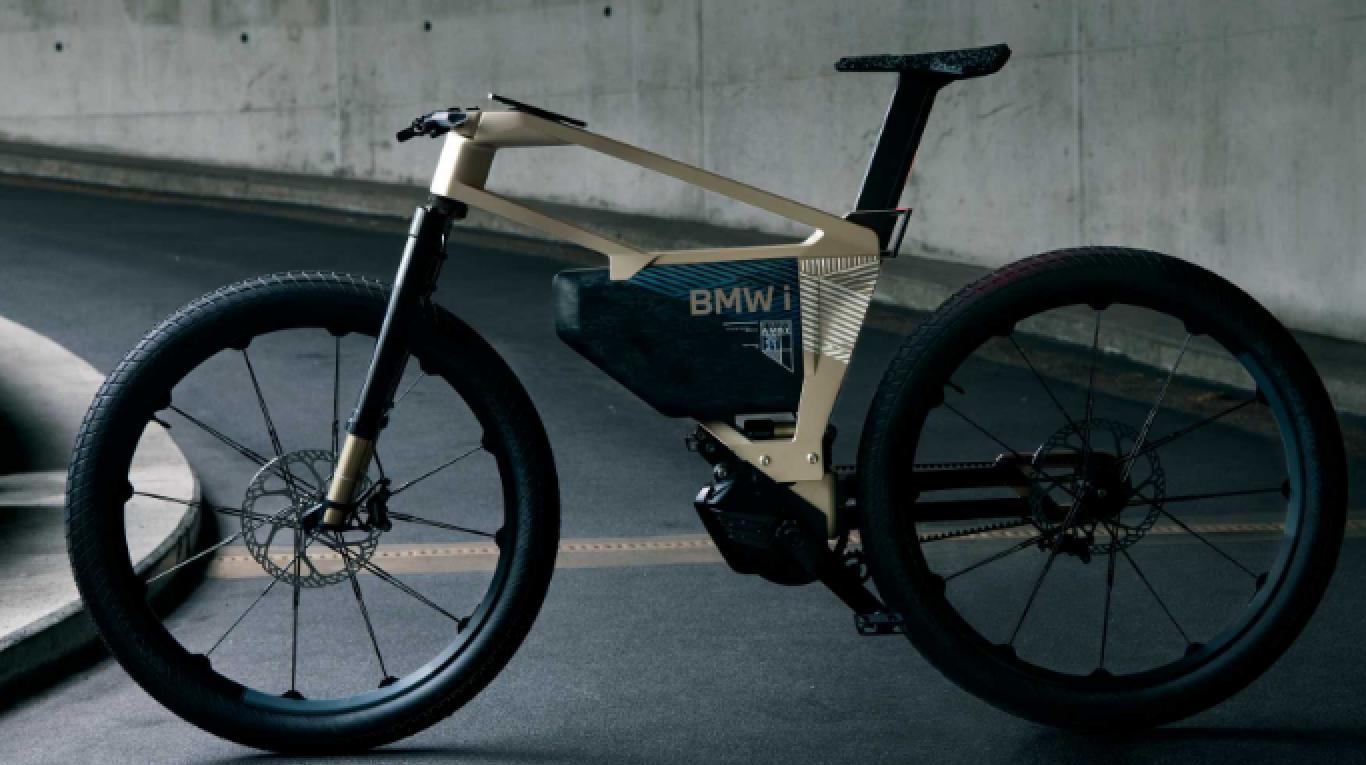 Conceito de e-bike da BMW faz sucesso